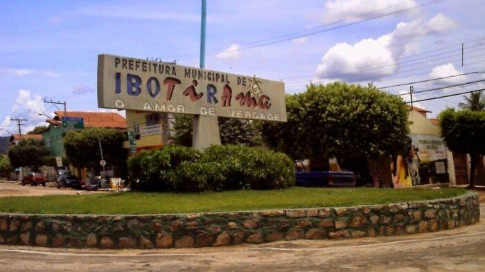 IMG-3-concurso-PREFEITURA-DE-IBOTIRAMA-edital-inscricoes